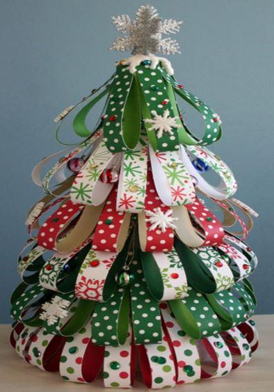 Los 10 rboles de navidad caseros m s originales for Arboles de navidad caseros y originales