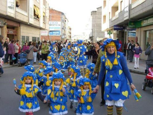 10 Disfraces De Carnaval De última Hora Hechos Con Bolsas De Plástico Preguntas Frecuentes